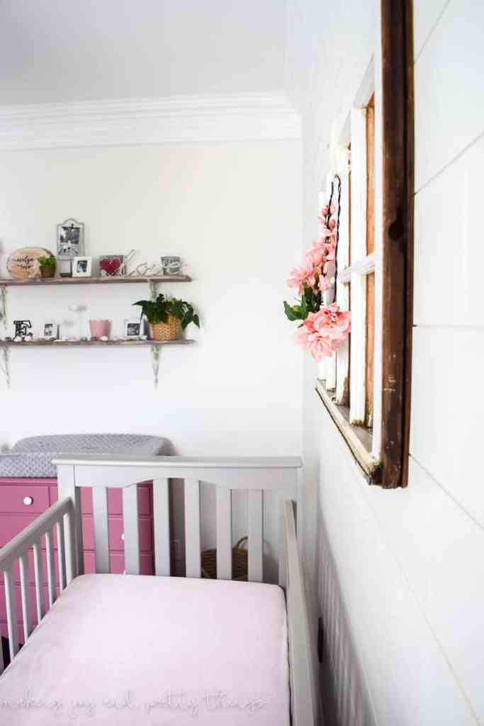 farmhouse girl nursery | farmhouse girl bedroom | farmhouse style | farmhouse decor | nursery ideas girl | nursery decor | nursery | diy nursery decor | diy nursery ideas | rustic nursery girl | girl nursery | girl's nursery | fixer upper nursery