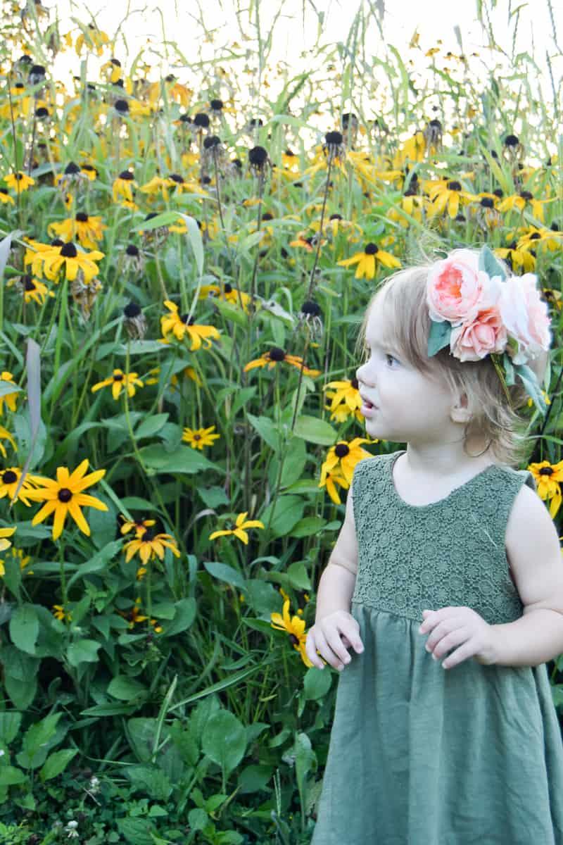diy floral crown   faux flowers   flower girl ideas   diy flower crown for kids   diy flower crown easy   flower crown wedding   diy flower crown for toddlers   toddler girl photo shoot   photoshoot ideas  