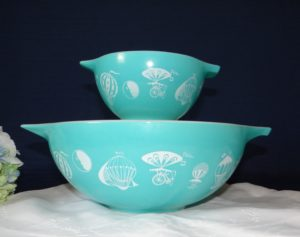 Pyrex Turquoise Balloon Bowls with Bracket Rare Pyrex Rare Turquoise Pyrex