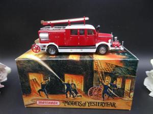 YFE07 Models of Yesteryear 1938 Mercedes KS15 Fire Truck.