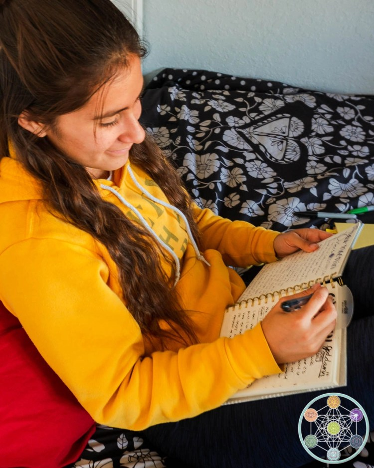 Journal Prompts for Teens With Anxiety