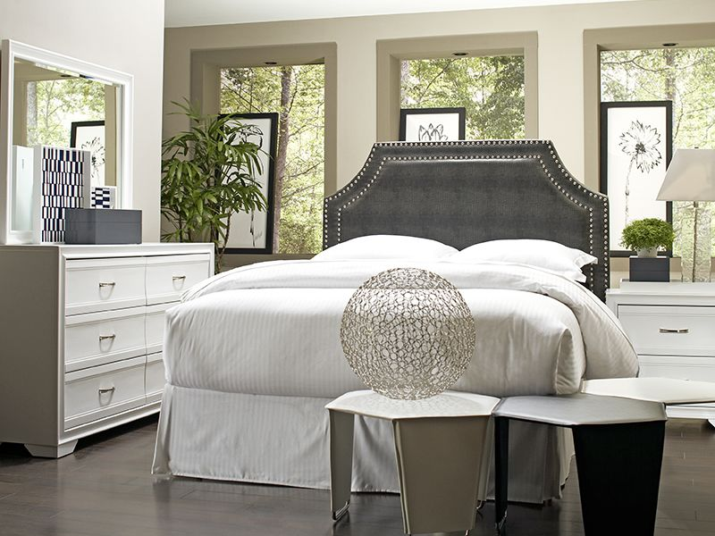 toby-king-with-bianca-bedroom
