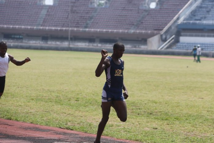 Ese Oguma seemed comfortable running the 400m, even running his favourite 200m later in the day, also winning his heat
