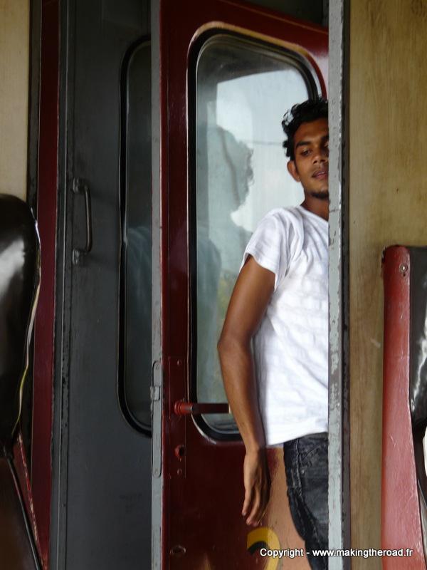 train colombo mirissa blog voyage