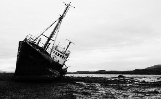 Snæfellsnesvegur bateau abandonné islande nors road trip