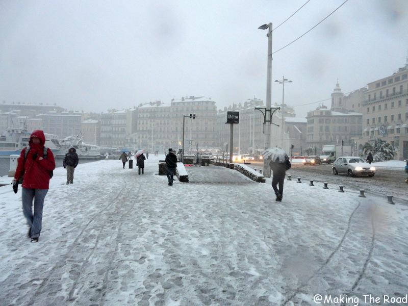 vieux port sous la neige