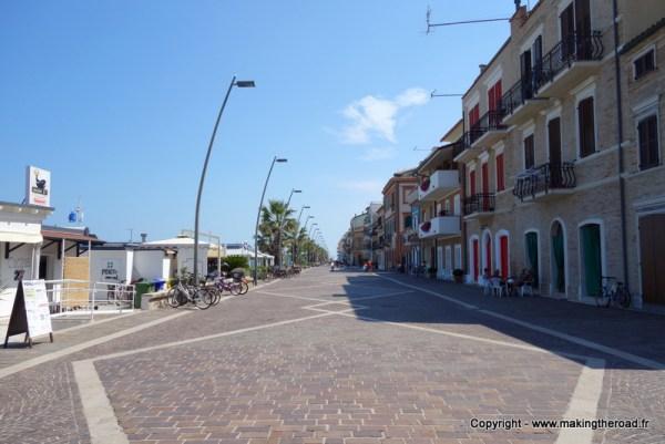 voyage porto recanati italie plage ancone longomare