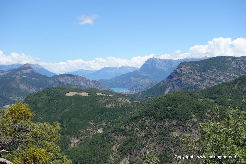 road trip hautes alpes lac serres ponçon blog voyage provence