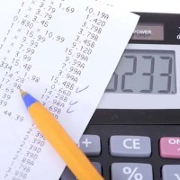 Track your expenses with this free money management course, including spreadsheet!