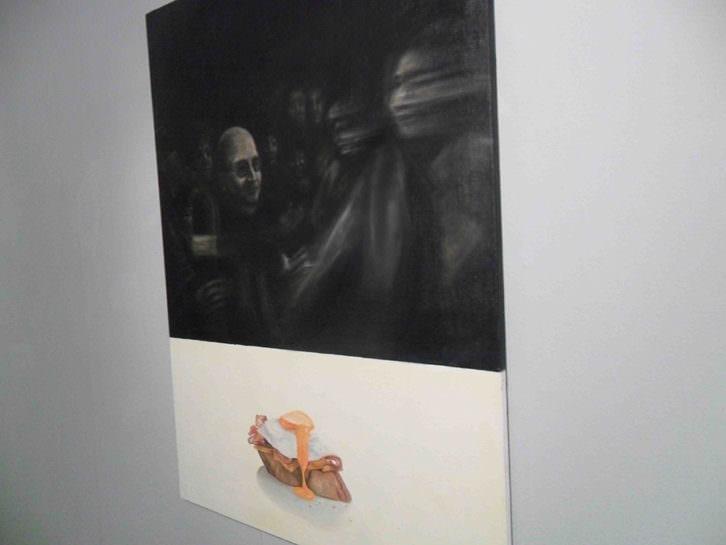 Obra de Violeta Esparza en 'A los postres un cadáver y otras nimiedades'. Aula de Cultura La Llotgeta.