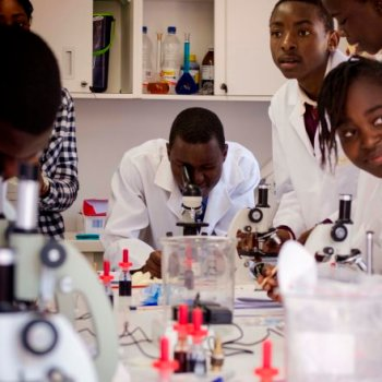enjoy-their-first-experience-of-microscope-work