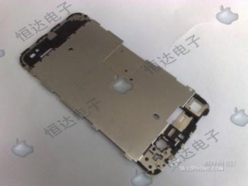 iPhone HD internals 02