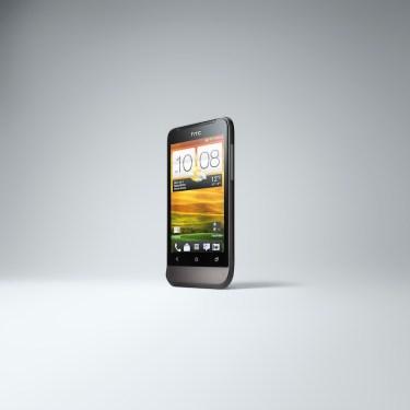 HTC ONE V (1)