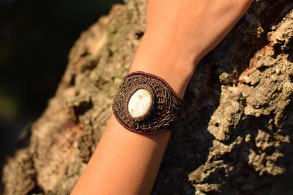 Pulsera hippie de macrame con piedra Agata