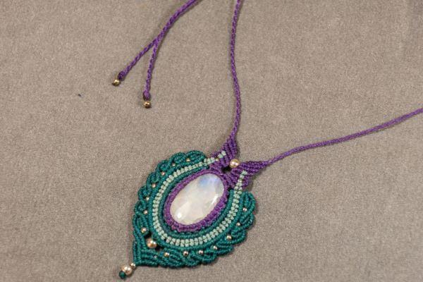 Comprar collares originales Piedra Luna