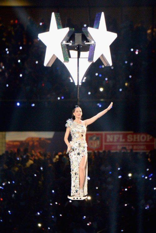 Katy-Perry-Super-Bowl-2015-19
