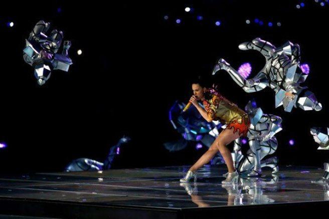 Katy-Perry-Super-Bowl-2015-21