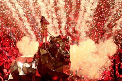 Katy-Perry-Super-Bowl-2015-23
