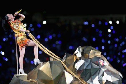 Katy-Perry-Super-Bowl-2015-24