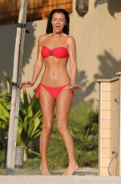 Lucy-Mecklenburgh-00000000