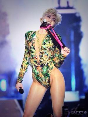 Miley-Cyrus-2014-4