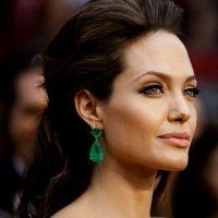 Angelina-Jolie-14