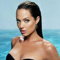 Angelina-Jolie-40
