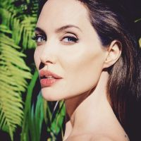 Angelina-Jolie-41