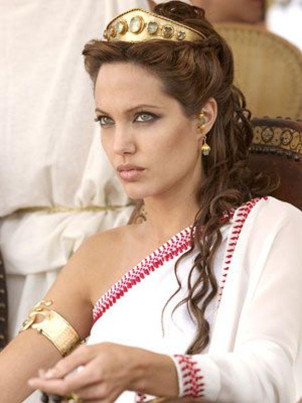 Angelina-Jolie-51