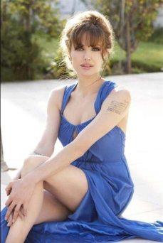 Angelina-Jolie-81