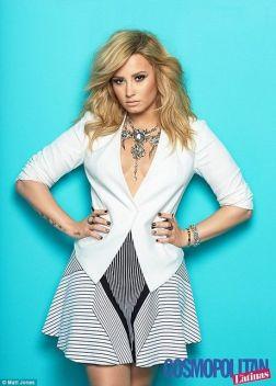 Demi-Lovato-24