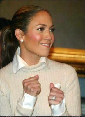 Jennifer-Lopez-19