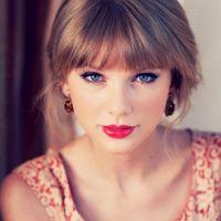 Taylor-Swift-20