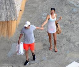 Bradley Cooper ve irina shayk new 2015 8 - Irina Shayk (irina Şeyklislamova)