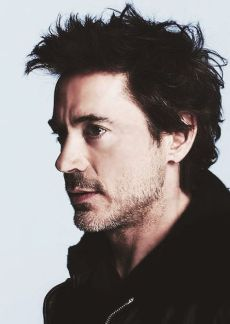 Robert-Downey-Jr-24