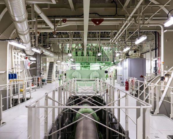 dunyanin-en-buyuk-kargo-gemisi-13 Şimdiye Kadar ki en büyük kargo gemisi