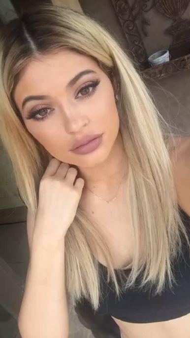 Kylie-Jenner-Photo-11
