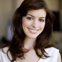 Anne-Hathaway-14