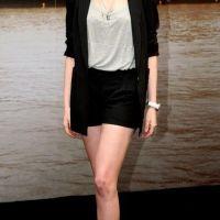 Anne-Hathaway-35