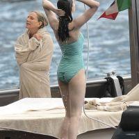 Anne-Hathaway-Bikinili-3