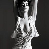 Anne-Hathaway-new-foto-20