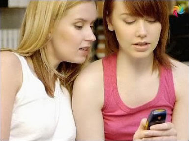 baskanin-mesajini-bakmak Sevgiliyle,Yazışarak Mı İletişim Kuruyorsunuz Yoksa Arayarak Mı? İkisininde Olumlu Olumsuz Yönleri!
