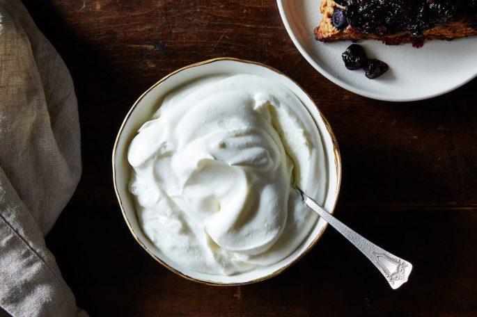 Yoğurt Nasıl Mayalanır? Evde Sert Yoğurt Nasıl Yapılır?