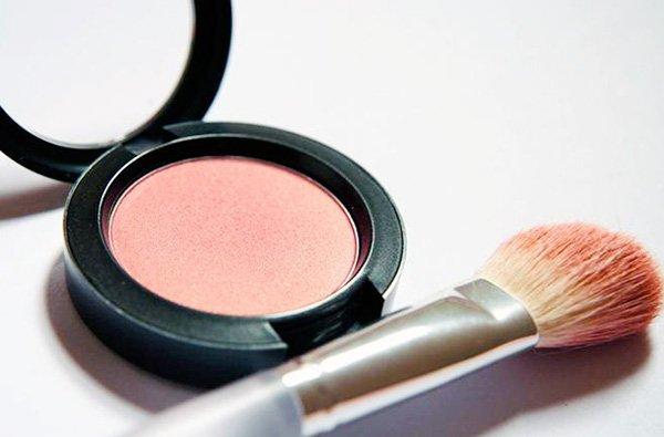 Makyaj Malzemelerinin Ömrü Nasıl Uzatılır?