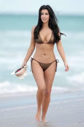 Kim_Kardashian_3_mayıs_(11)