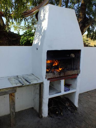 malaga-holiday-home-bbq-fire