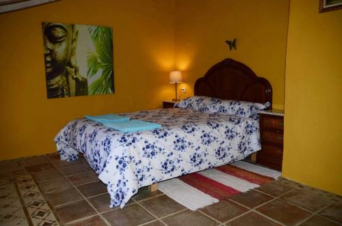 malaga-holiday-home-double-bedroom-upstairs-chill5