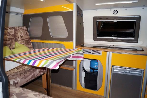 camper-interior-02