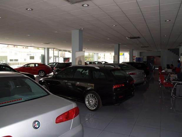 Exposición Carmauto Concesionario Oficial Alfa Romeo en Málaga