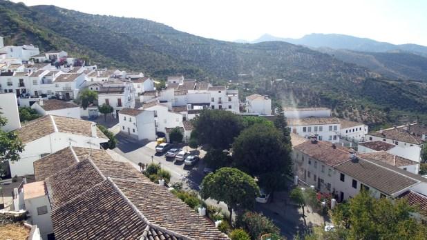 Gracias a su situación elevada, en Zahara de la Sierra disponemos de una estupenda vista.